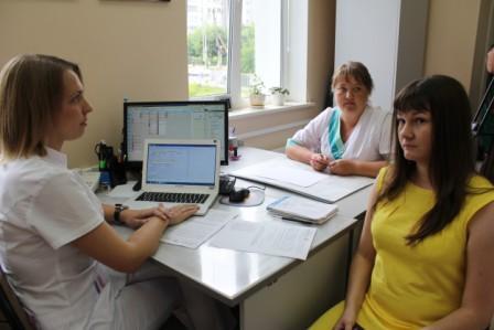 Неменее 4000 граждан Ивановской области получили электронные больничные