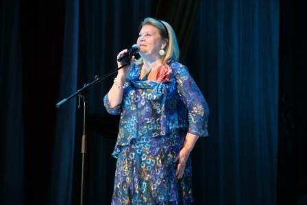 В Курчатове выступила народная артистка России Ирина Муравьёва