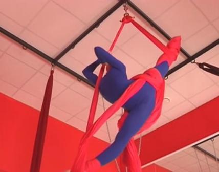 12-летняя курская гимнастка  завоевала сразу несколько наград на чемпионате Европы